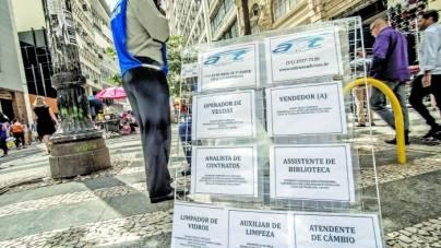Indústria paulista fechou 3 mil postos de trabalho em maio, diz Fiesp