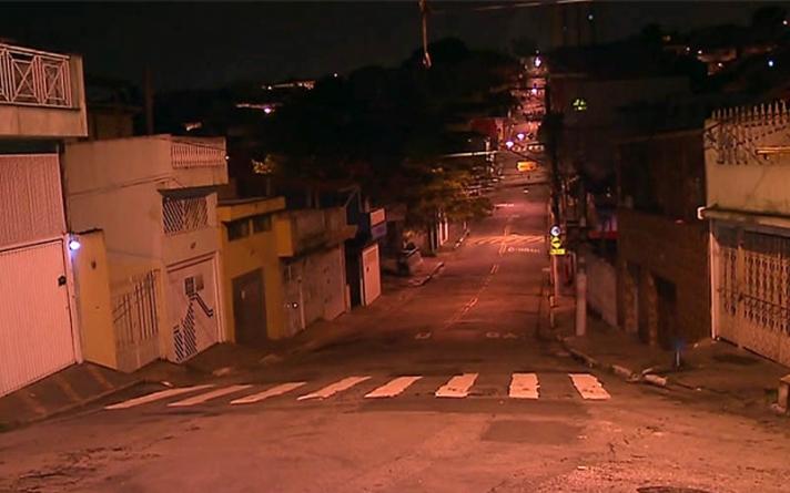 Ladrões roubam carro com criança dentro na zona sul de SP