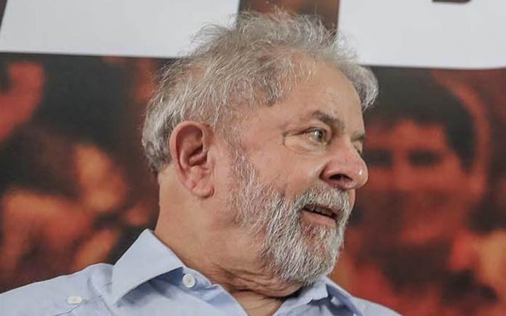 Lula acusa Moro de perda de imparcialidade e pede liberdade ao Supremo