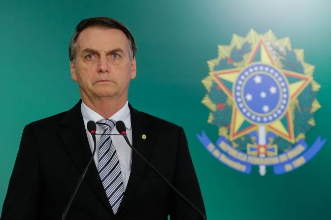 Bolsonaro afirma que vai abrir sigilos  do BNDES na 1ª semana de governo