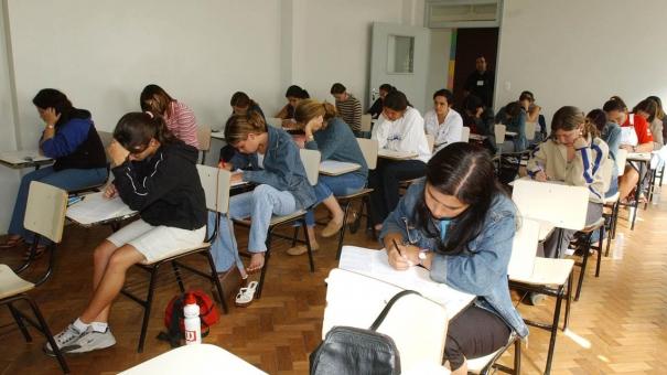 Estudante inadimplente com o Fies  pode pedir renegociação da dívida