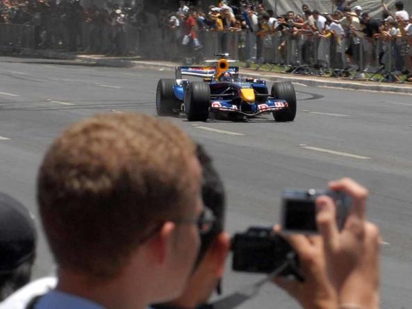 Promotor do GP do Brasil de Fórmula 1 rejeita revezamento entre Rio e SP