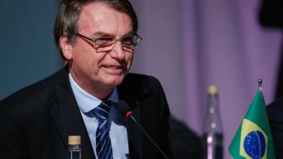 Bolsonaro volta atrás e sanciona PL que inclui pergunta sobre autistas