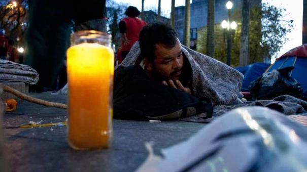 Em menos de 12 horas, dois moradores de rua são encontrados mortos