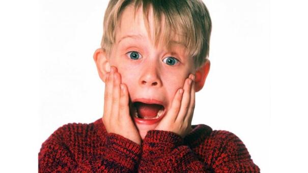 Macaulay Culkin brinca com nova versão de 'Esqueceram de Mim'