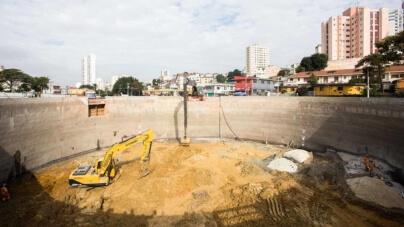 Conheça as empreiteiras campeãs em obras paradas em São Paulo